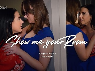 TRUE LESBIAN Suburban Wife Jay Taylor Can't Take Eyes Off Angela White