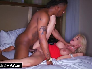 BLACKEDRAW MILF on the prowl for bigger BBC