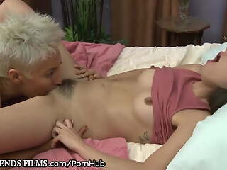 Mature pumped hairy lesbian seduced pretty brunette