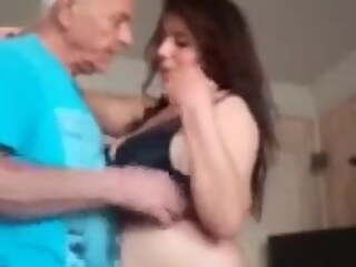 Tunisian Slut fucked by oldman for money