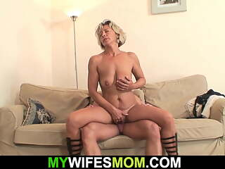 My girlfriend's mom is so hot for cheating sex!