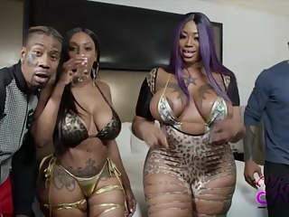 Two Phat Ass Ebonies