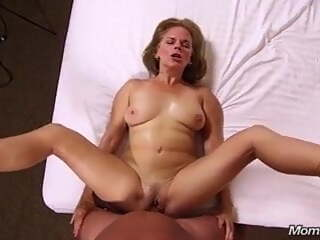 40 years old MILF anal sex