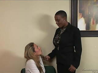 Sincerre Lemmore, hot black boss seduces her sexy secretary