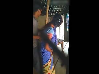 Aunty in saree quick fuck and blow