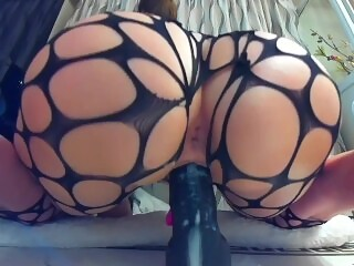 Bubble Butt PAWG MILF Rides Until Her Pussy Explodes... Twice