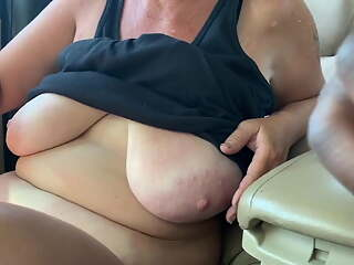 Mature off street showing her pussy for cash