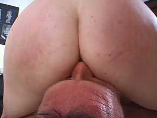Licking her pussy , swallowing her pee