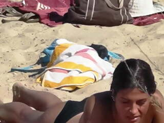Voyeur a la plage (148) - Topless young big boobs on beach