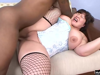 Fat brunette, Kelly Shi is having sex with a black guy, for the first time ever