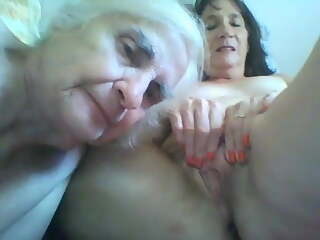 Granny licked  Daughter