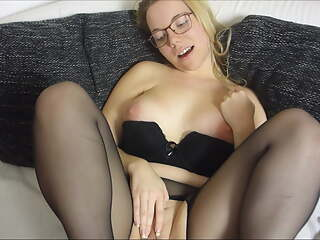 JuleStern - The stepbrother likes the torn pantyhose
