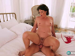Beth McKenna - Young and old - Stepmom - Creampie