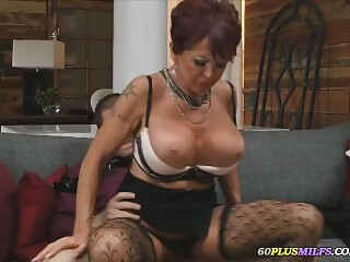 granny with big tits want a young cock