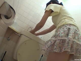 Japanese toilet masturbation