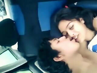 Indian girl gets fucked by bf in the car for the first time