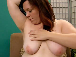 BBW Ada Plays with Her Hairy Pussy