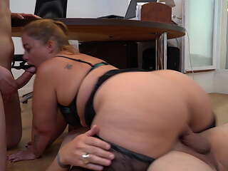 French Chubby Girl Jeny has DP in the office