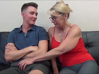 Mom entertains son whilst watching porn