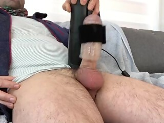 Handy masturbator making me cum so hard, get urs today see comments for referral code.