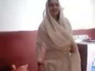 Pakistane phatan girl  poshto sex speaking