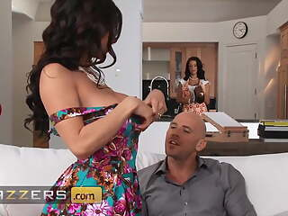 Competitive Threesome With Johnny Sins, Kendra Lust And Peta