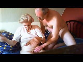 Beautiful granny – Anna's saggy tits 2