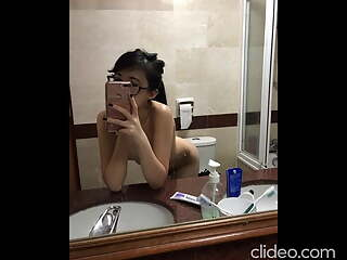 Sg teen slut CynChong is camwhoring, leaked blowjob sex video