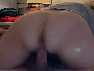 Amateur wife is unaware of hidden cam while fucking