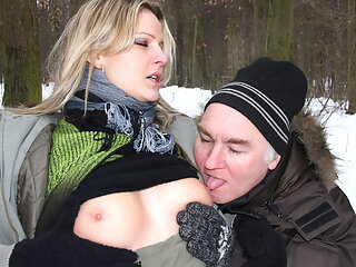 Old Guy Seduces Curvy Teen in Nylon to Fuck Outdoors in Snow