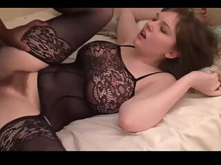 Amateur Homemade Video, Cougar MILF Destroyed by BBC