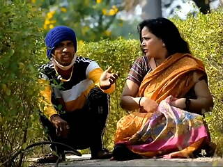 Boy Massags Hot Aunty In park hot video