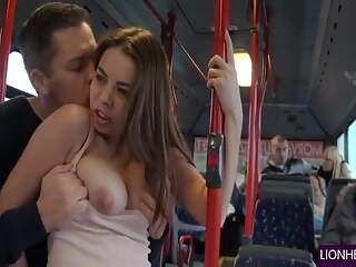 Couples fucked in Public bus