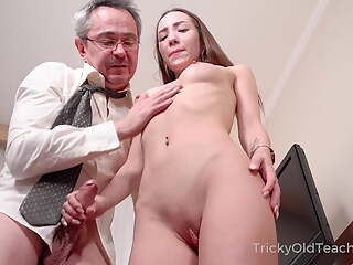 Tricky Old Teacher - Hottie sucks dick to pass a test