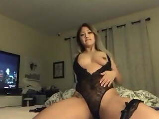 Horny Asian from Vancouver, Victoria