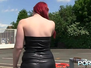 Chubby beauty Jay Rose pissing outdoors