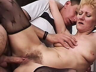 skinny mom's bush fucked by her toyboy