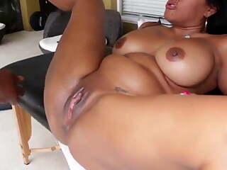 Squirting Latina MILF
