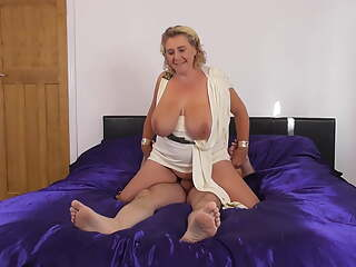 Mature goddess BBW sucks and fucks big cock