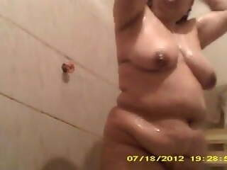 chubby in shower pt 1