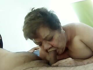 81YO GRANDMA  LOUISE – HOT AFTERNOON. MY GRANNY SUCKING
